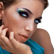 Start The New Year With A Fabulous Makeup Look!